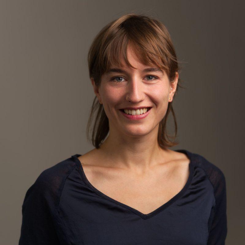 Das Foto zeigt Valentina Troendle, Projektkoordinatorin bei Lausitzer Perspektiven. Fotografiert von Klaus Heymach.