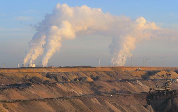 lignite mine in Konin, by Anna Weronika Brzezińska, published under a creative commons licence